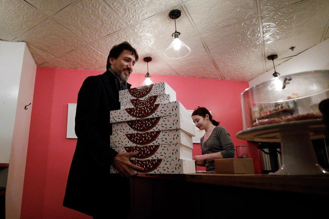 PM causes economy to crash by purchasing doughnuts from local business instead of Brazilian investment firm